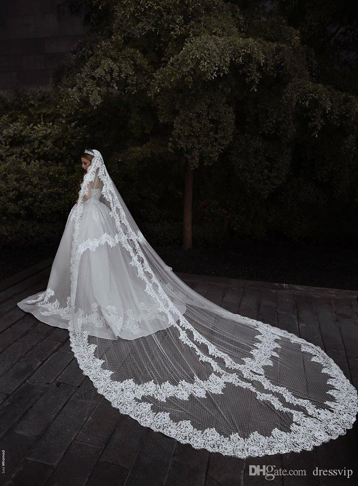 Maßgeschneiderte Brautschleier 3M Länge 2,5 M Breite Spitze Appliqued Brida Schleier mit Kamm ein Schichten lange Hochzeit Haarschmuck
