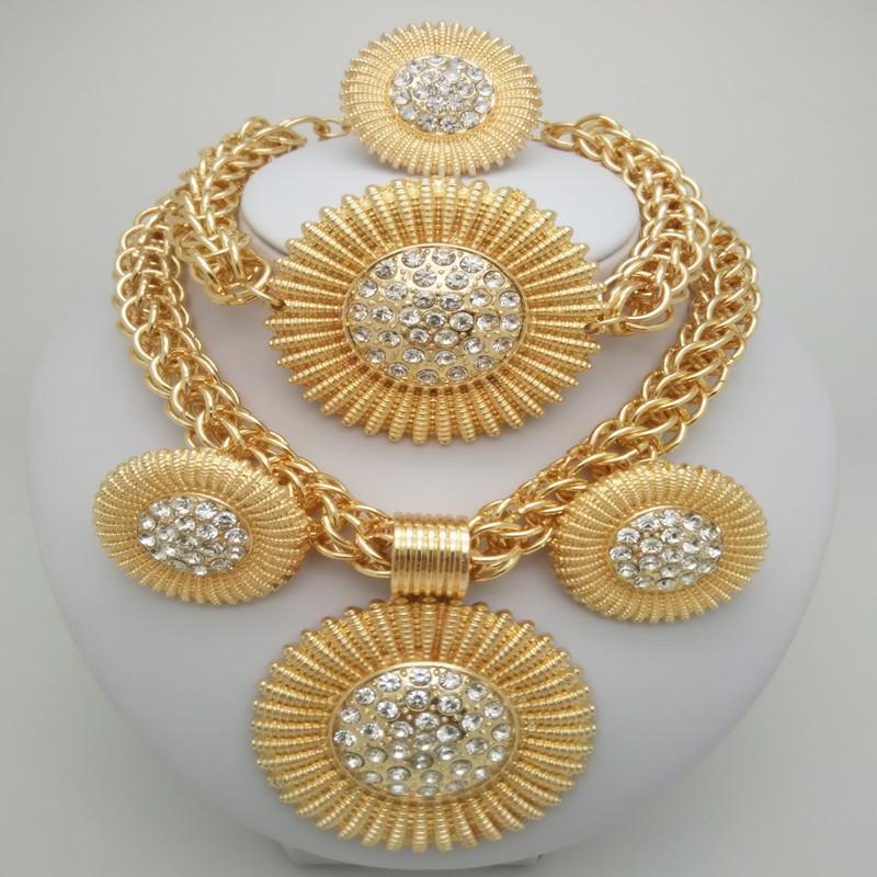 Conjuntos de joyas Kingdom Ma Gold Color Conjuntos de joyas de aleación de zinc para trajes africanos Boda de Nigeria Cuentas africanas Conjuntos de perlas grandes