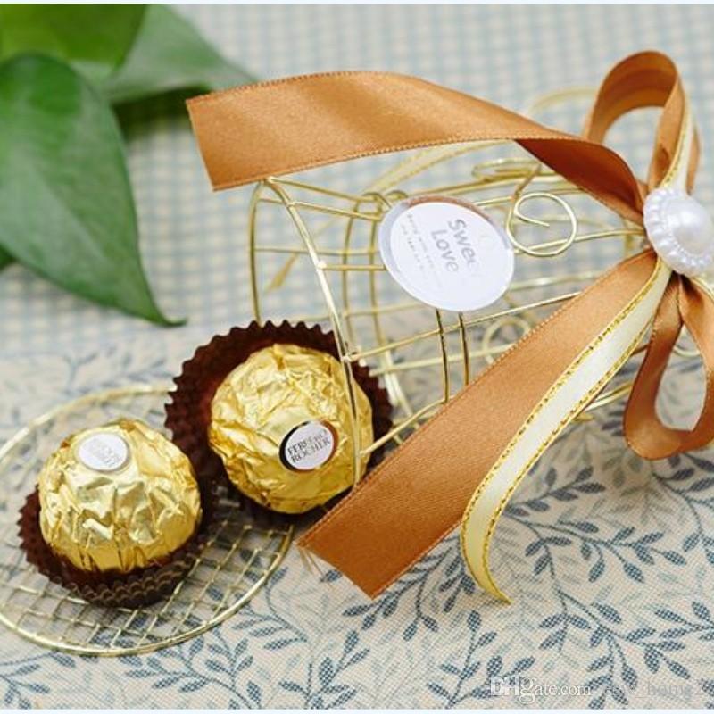 فريد بسيط الذهبي المعادن قفص الطيور قفص العصافير مربع علب حلوى الزفاف الأحداث عيد الحب هدية لصالح