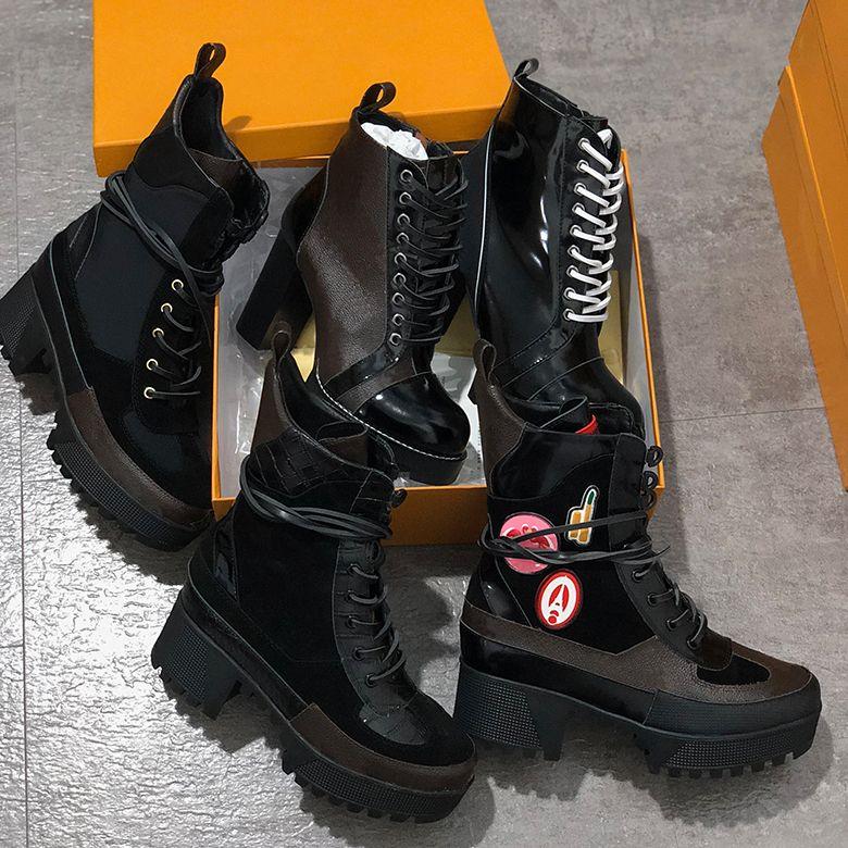 Gira Mundial Desert Boot mujeres botas de plataforma de arranque de la nave espacial Botines de tacón de 5 cm flamencos medalla cargadores de Martin suelas para uso industrial con la caja