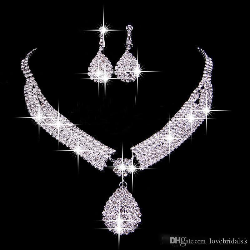 Vente chaude Sparkling Mode Bijoux Ensembles Drop Boucles d'oreilles Colliers Collier Bridal Collier de mariée bon marché Accessoires de mariée Custom