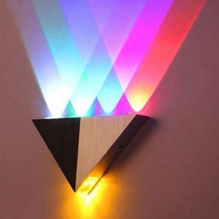 5W Triangle LED mur de mur en aluminium LED décoratif lumières lumineuses AC85-265V CORRIDOR CORRIDOR LED Économie d'énergie moderne LED Éclairage domestique