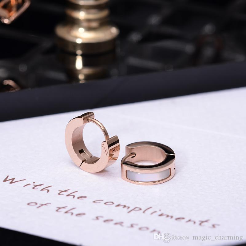 316 L Stainless Steel Rose Gold Color Elegant White Shell Stud Earrings Fashion Woman Jewelry Prevent Allergy