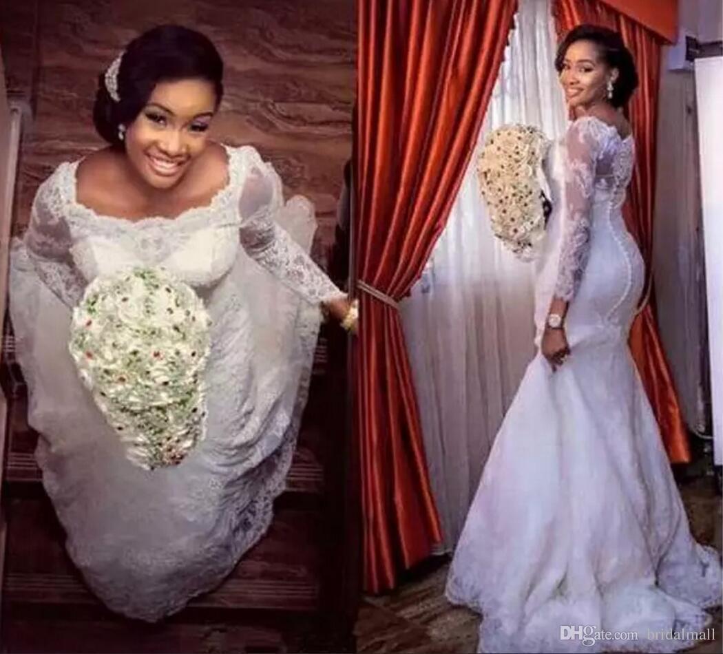 Sexig plus storlek spetsar långärmad sjöjungfru bröllopsklänningar 2020 Sheer Neck Sweep Train Appliques Bridal Dresses Button Back Wedding Gowns