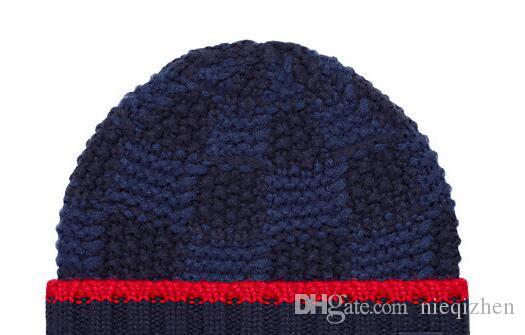 Foulards en soie imprimé Foulard en soie à motifs Baseball en laine Chapeau de baseball Bosco