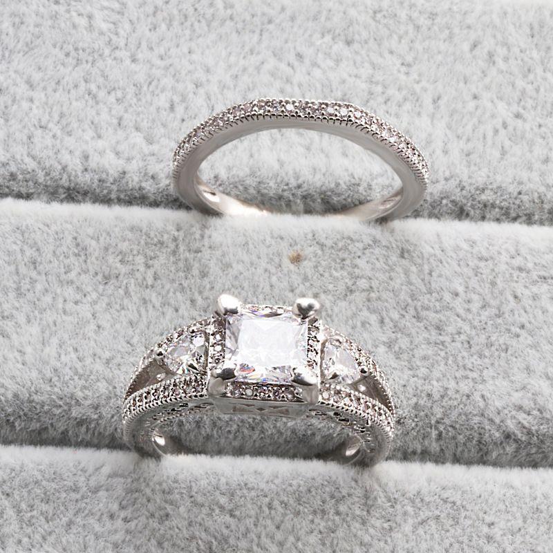 حبيب هدية الإبهار الأميرة ساحة قص خاتم الخطوبة Diamonique CZ 18K الذهب الأبيض الزفاف مليئة البنصر تعيين