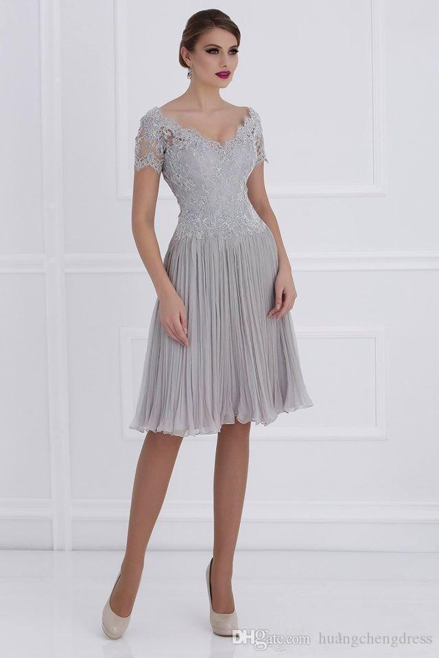 Longueur genou mère en chiffon froncé des robes de mariée 2019 dentelle col en V manches courtes fermeture éclair dos robes de soirée de mariage
