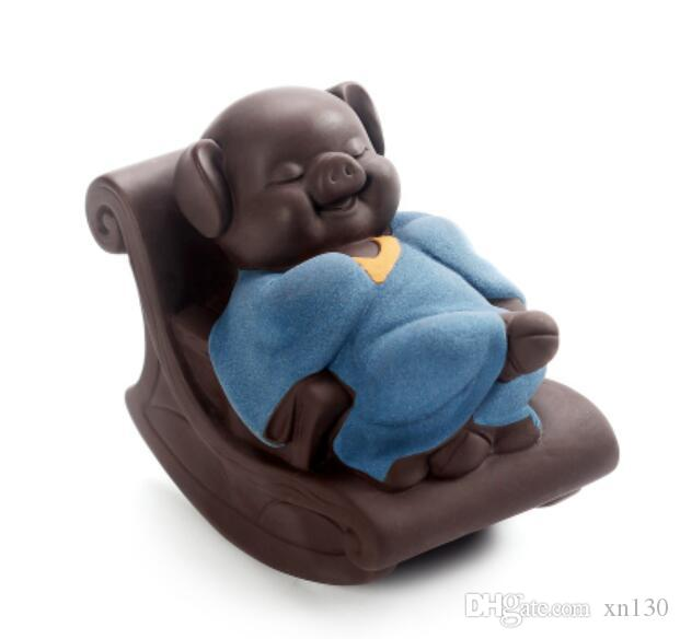 Creative cute small tea pet boutique can raise purple tea to play leisurely rocking chair pig home decoration