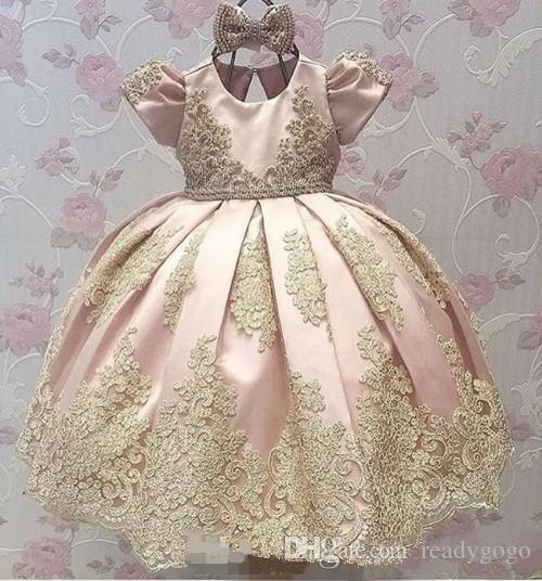 꽃의 소녀 드레스 라인 보석 쥬얼리 슬리브 바닥 길이 여자 미인 대회 드레스 레이스 Applique와 웨딩 파티 친목을위한