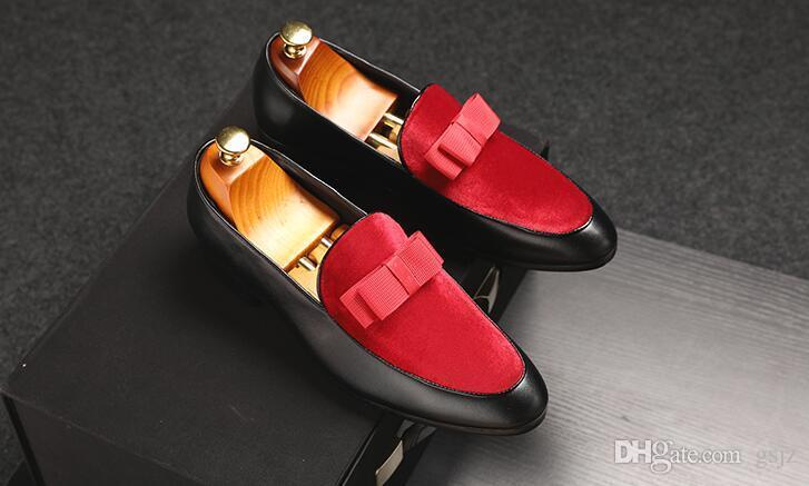 2019 Nuovi uomini scarpe formali bowknot abito da sposa appartamenti maschili signori scarpe casual slip on scarpe in vernice nera mocassini in pelle scamosciata rossi S622