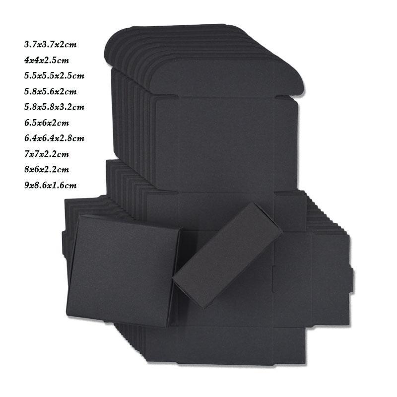 10 قطعة / الوحدة 10 حجم أسود كرتون ورقة هدية عيد الميلاد صناديق تغليف اليدوية الصابون الحلوى شخصية كرافت ورقة مربع