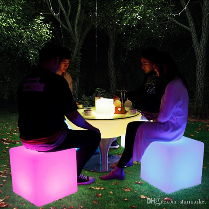 Glowing LED Chair 7-Color Led Furniture 30X30X30CM Square Cube Luminous Table Light for Garden/Bar/Party/Wedding/Show with Remote Control