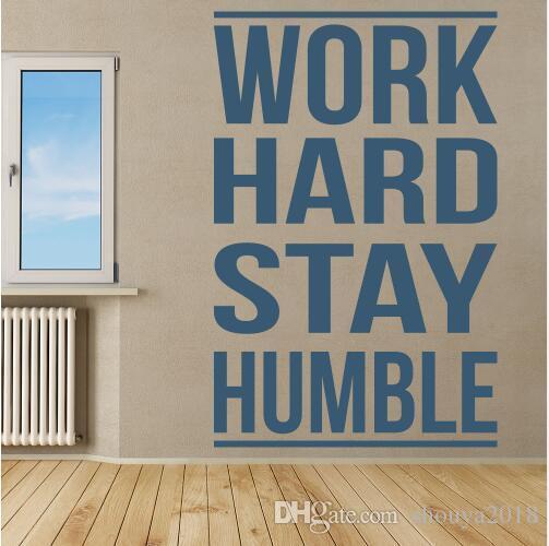 Envío gratis trabajo dura estancia Humilde Inspirational Cotizaciones etiqueta de la pared Home Art Calcomanías Decor Gym, sala de deportes pegatinas de pared decoración