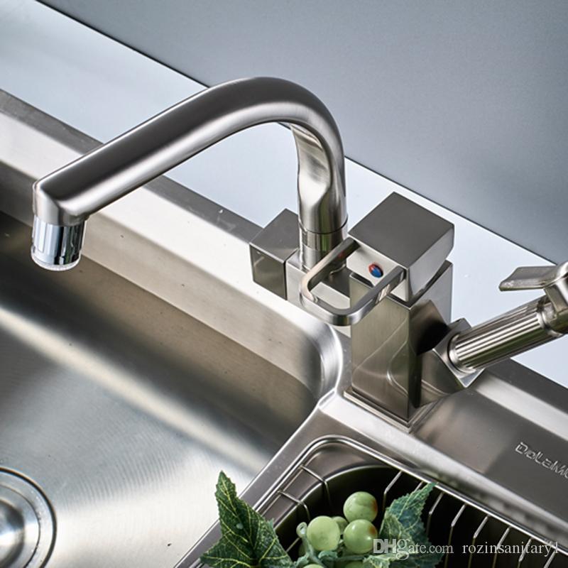 Envío gratis Níquel cepillado Fregadero de la cocina Faucet LED Light Spout Spout Deck Montado Pull Out Shower Sprayer Head Baño Cocina Grifo