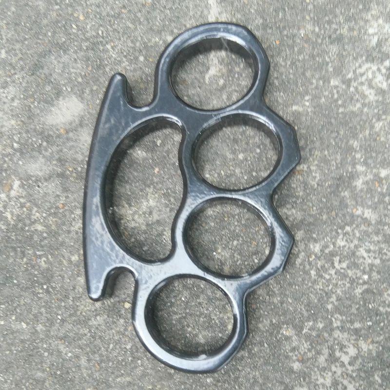 Fivela de Cinto grosso e poderoso para homens e mulheres de aço latão junta espanadores Preto Knuckles 2 pcs