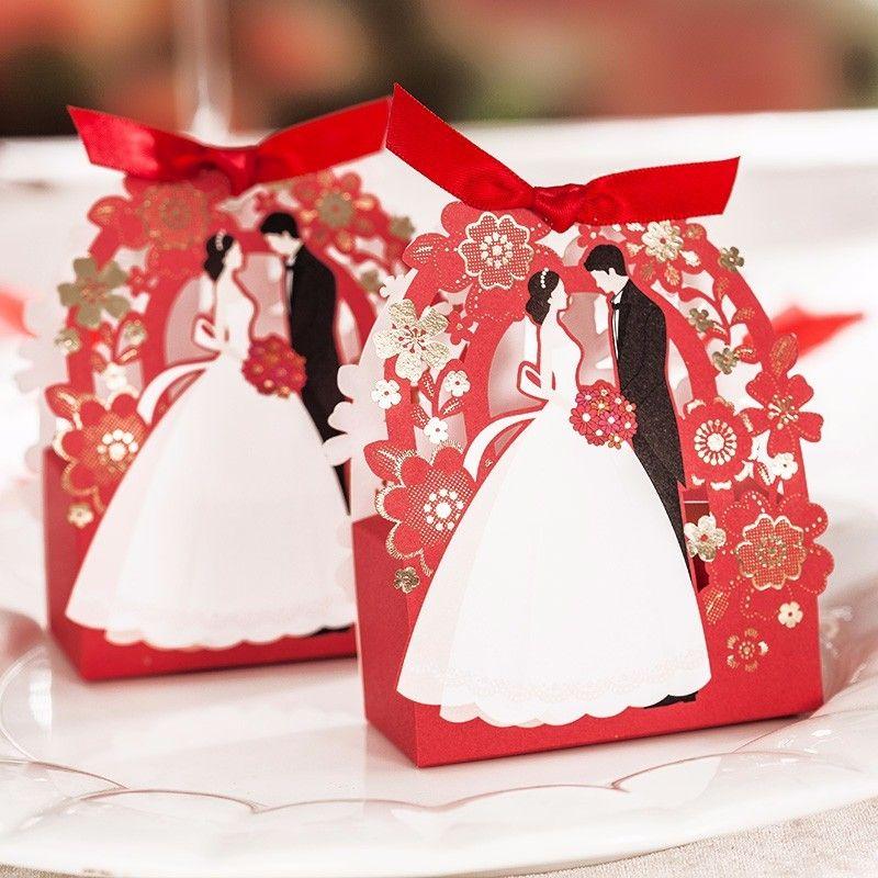 Romantik Düğün Hediye Kutusu Zarif Kırmızı Lüks Konuk Hediye Çiçek GroomBride Lazer Kesim Tatlı Iyilik Şeker Kutusu