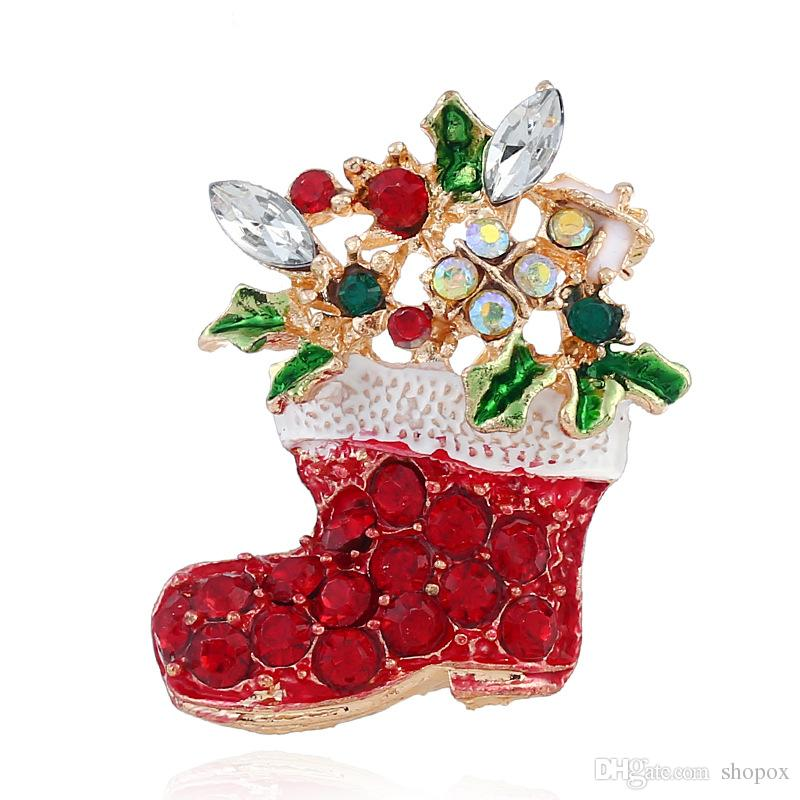 Exquisite Christmas Brooch Retro Christmas Tree Pin Jewelry Personality Creative Needle Pin New Boutique Gift Lady Boutonniere