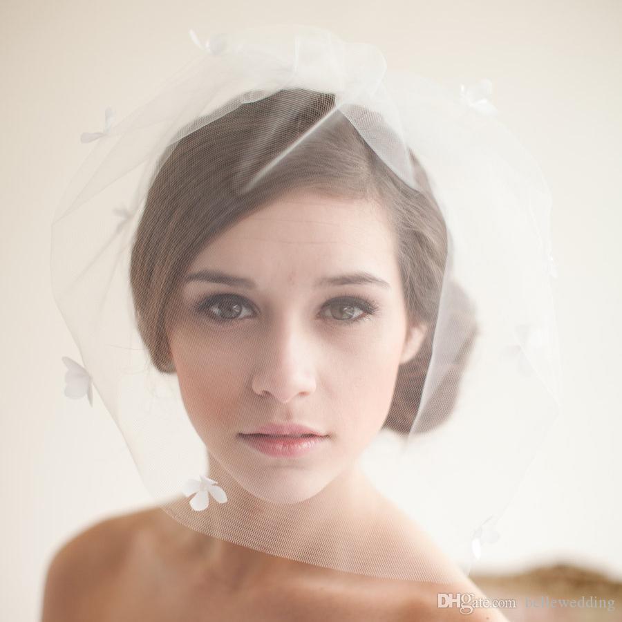 Gałązki Miód Vintage Weils Wedding Vintage Blusher Wedding Piekniki Perły Perły One Layer Krótkie Bridal Headpieces Welony ślubne # V202