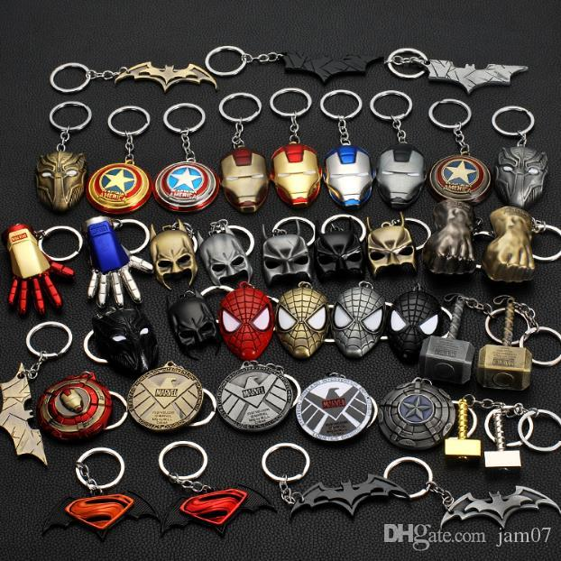 Film periphery Avenger alliance Iron Man Mask metal key chain fashion new key chain link Pendant