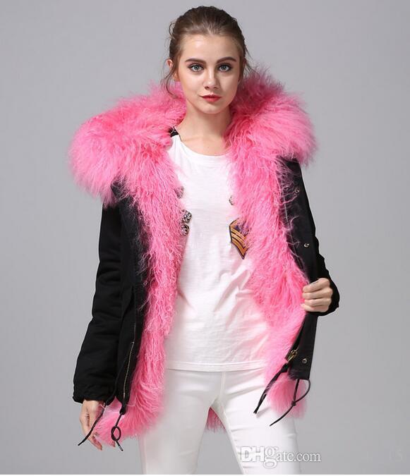 Yeni pembe Moğolistan koyun kürk trim Meifeng marka kadın kar ceket pembe Moğolistan koyun kürk astarlı siyah mini parka