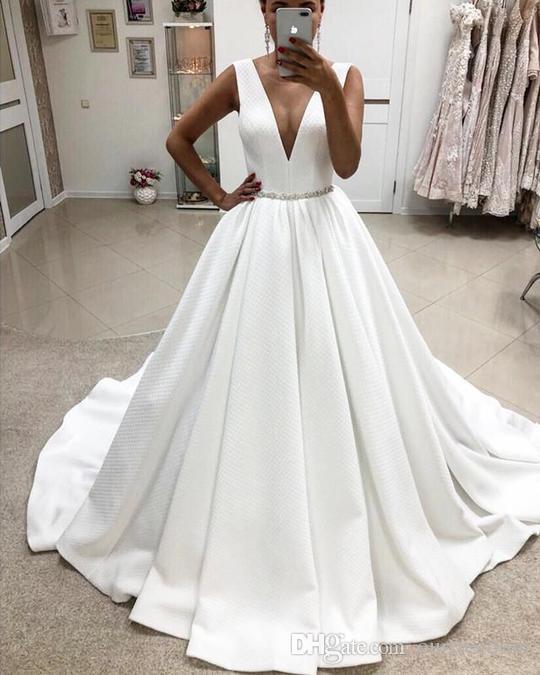 Vestido De Noiva Wedding Dresses 2019 Princesa Nova Alça Branca V Neck Mancha Vestidos De Casamento Uma Linha Estilo Simples Cintura Frisado Cristal