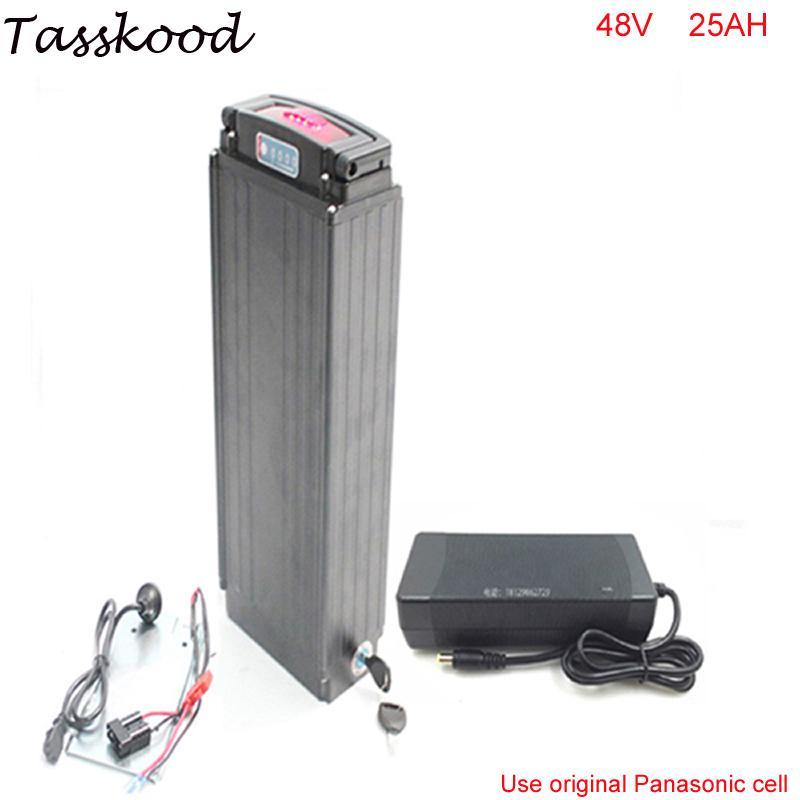 파나소닉 전지 전원 표시 등 리어 랙 ebike 48V 25AH 1000W의 팔방의 bbs02 전기 자전거 리튬 이온 배터리는 꼬리 조명