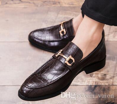 2019 Homens de luxo Designer de rua na moda cavalheiro oxfords sapatos Homecoming Masculino vestido de baile do casamento flats Sapatos zapatos hombre CX390