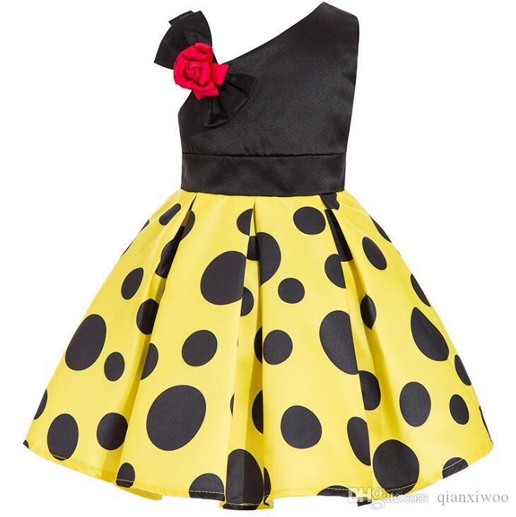 New Europe Fashion Girls Party Dress Kids Bowknot Dots Ball Gown Tutu Princess Dress Children Dresses W211