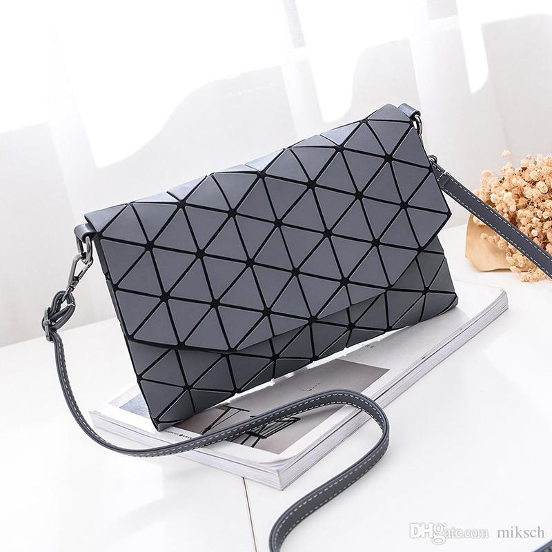 femmes vente chaude d'embrayage dames de bourse Crossbody épaule messager sac à main enveloppe Lingge géométrique solide à carreaux