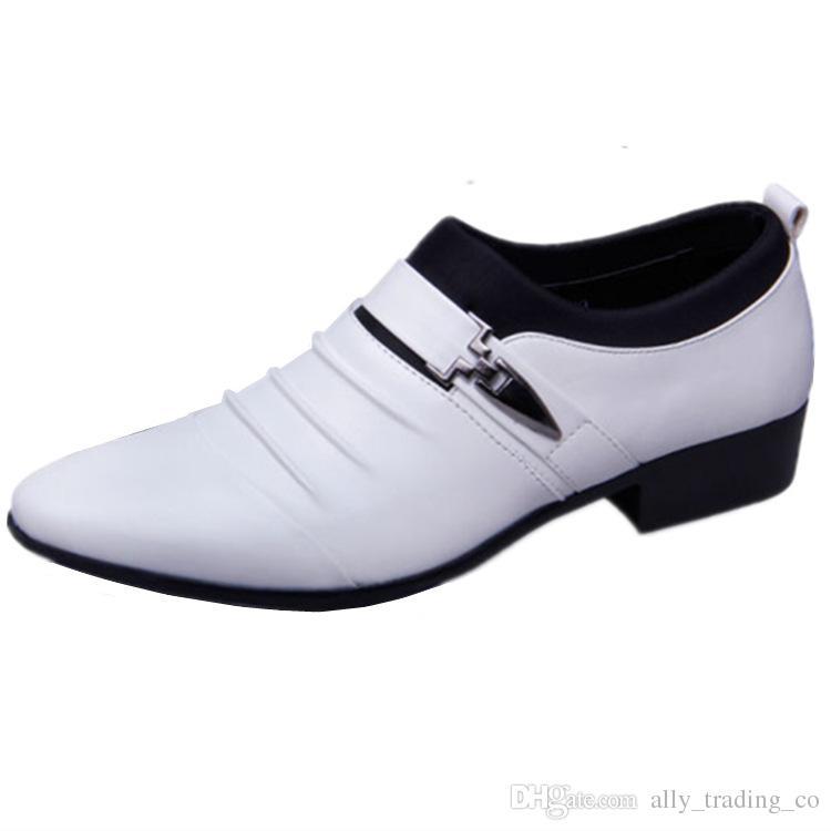 italienische Oxford-Schuhe für Männer LuxuxMens schwarze Lackschuhe Marke Mens toe Kleidschuhe 2018 klassische Derbys Mann zeigte