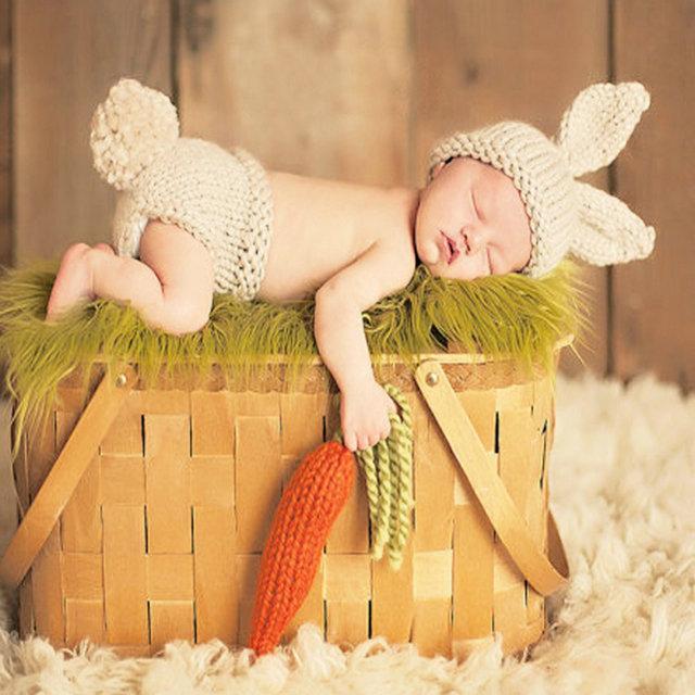 Costumi del bambino puntelli foto Newborn Fotografia Props a crochet bambino Bunny Set Cappelli coniglio e Pannolino Berretti e pantaloni