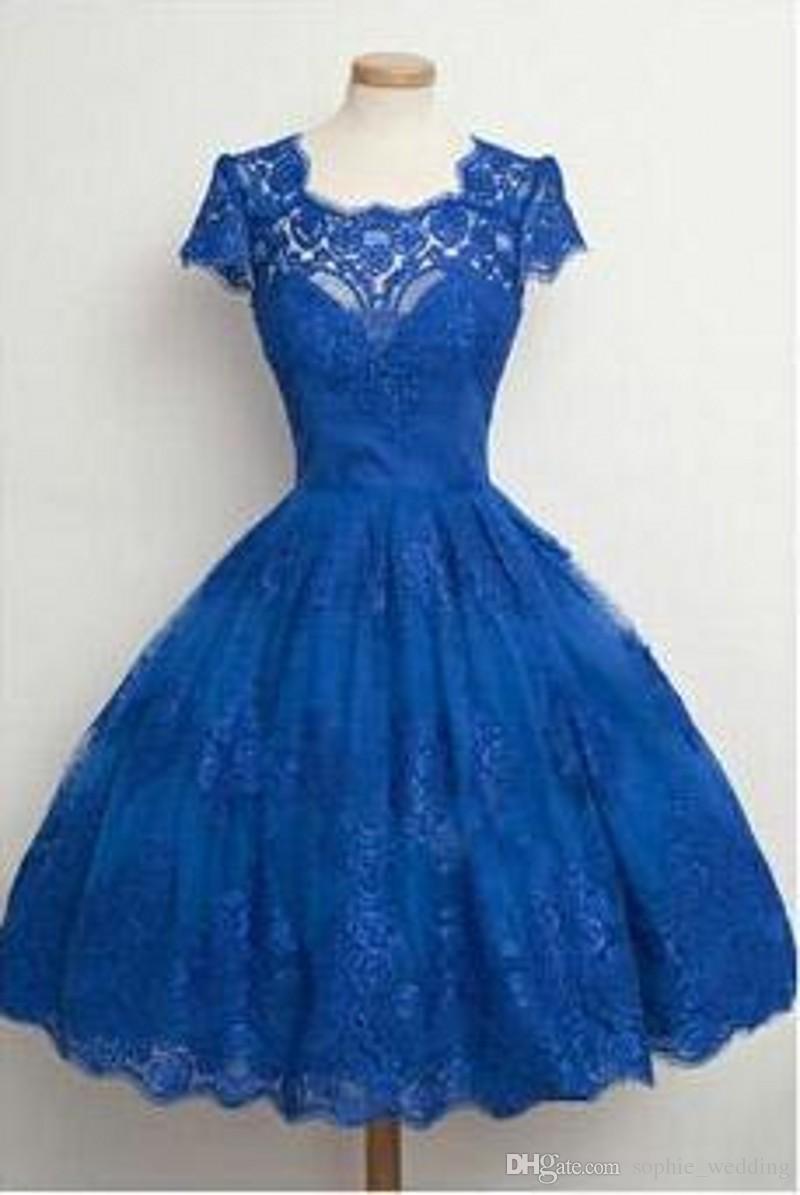 Großhandel Nach Maß Königliches Blaues Kurzes Abschlussball Kleid Mit  Kurzhülse Robe Demoiselle Dhonneur Abend Kleider 16 Geben Verschiffen  Frei Von