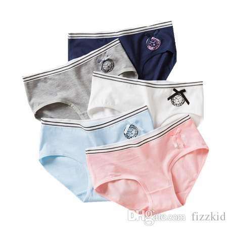1 teil / los Teenager Spitze Hosen Unterhose Floral Junges Mädchen Slips Bonbonfarben für Mädchen Kurze Höschen Kinder Unterwäsche 9-20Y