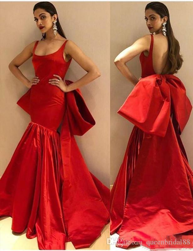 Abiti da sera lunghi sirena rosso modesto con grande fiocco Sexy backless senza spalline cinghie Prom Dresses Trumpet Gowns