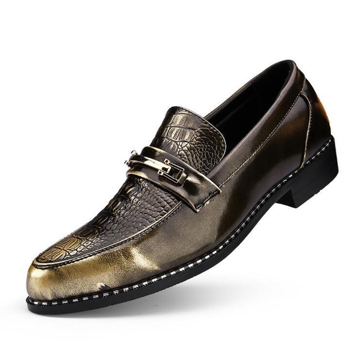 Zapatos de negocios de los hombres 2018 Los zapatos de boda más nuevos de la oficina formal para los hombres Zapatos de vestido de cuero de la PU en relieve cocodrilo más el tamaño