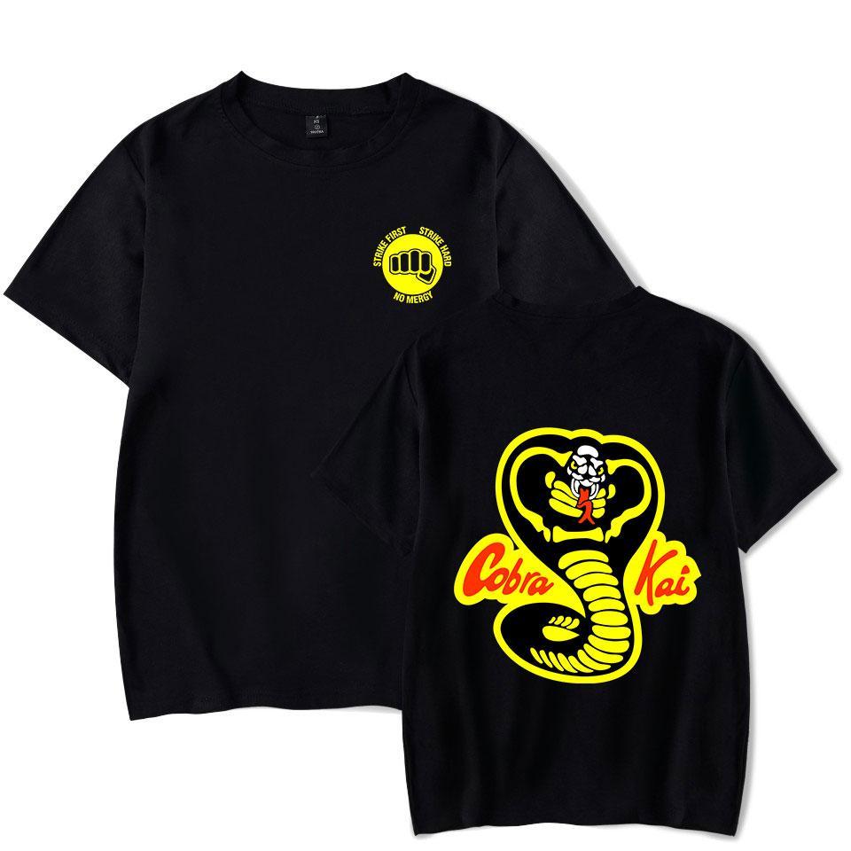 Yaz Popüler Kobra Kai T-shirt Erkek / Bayan Kısa Kollu Komik Tişörtlü Klasik Tasarım Tees Kobra Kai Giyim Tops Soğuk