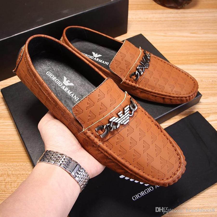 العلامة التجارية الصيف الربيع تنفس جلد طبيعي الشقق متعطل الرجال عارضة أحذية الرجال الأزياء الفاخرة الانزلاق على القيادة الأحذية