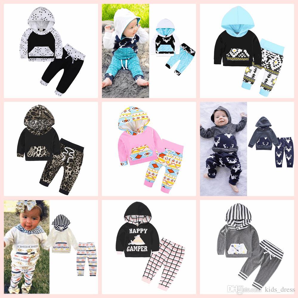 INS Çocuk Giyim Seti Pamuk Çiçek Çizgili Takım Elbise Ile Kap Şapka Kıyafetler Bebek Setleri Uzun Kollu Çocuk Hayvan Hoodies Pantolon 40 Stilleri AAA125
