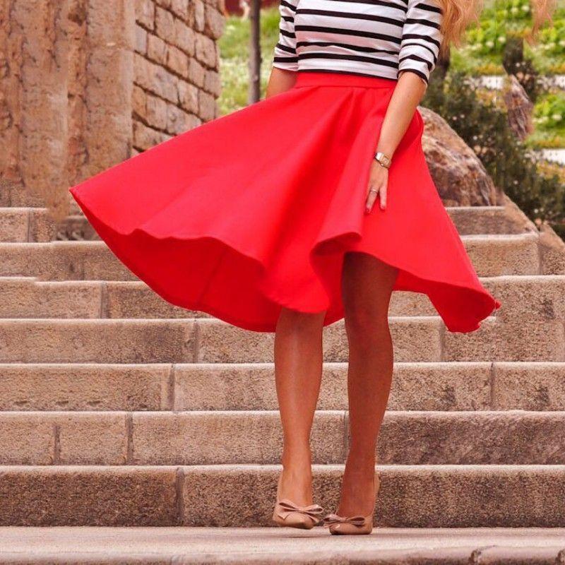 Gonna lunga da donna a vita alta elasticizzata con gonna a pieghe a pieghe a vita alta. Rosa rosso nero