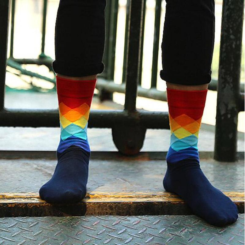 British Style Fashion Hot Elegant Plaid Gradient Color Men Sock Free Size 10 Colors Male Women Fashion Sock New Wholesale