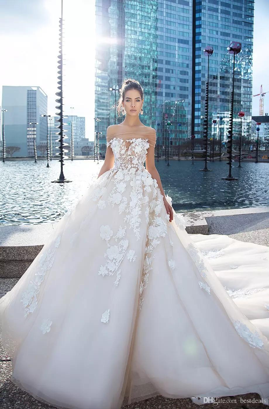 Discount Vintage 3d Lace Floral Wedding Dresses 2018 Dubai Retro Bridal Gowns Bateau Neck Covered Button Ball Gown Berta Bridal Dress Wedding Dresses Styles Wedding Gown Online From Bestdeals 241 36 Dhgate Com