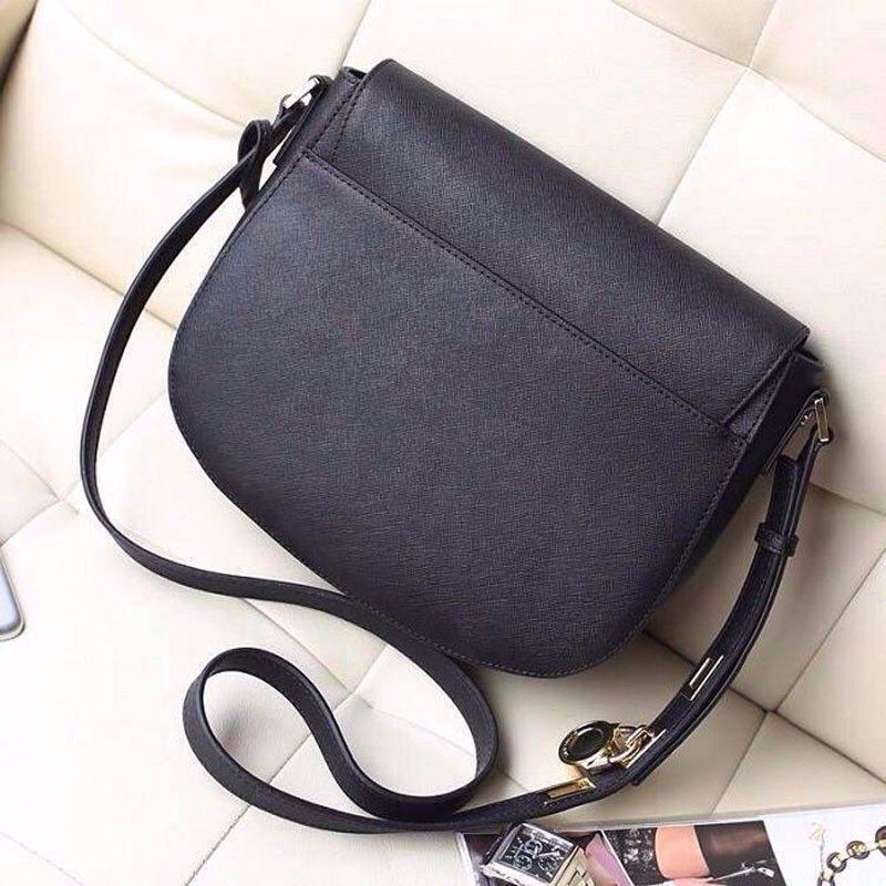 SıCAK 2018 yeni Ücretsiz teslimat kadınlar için mükemmel kalite çanta Avrupa retro omuz çantası eyer çantası kilit çantası