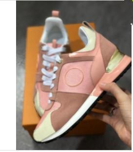 2019 Luxury Designer homme Souliers simple pas cher Meilleur Top qualité Chaussures Hommes Femmes Mode Party Runner Chaussures Sneakers Tennis 0404025