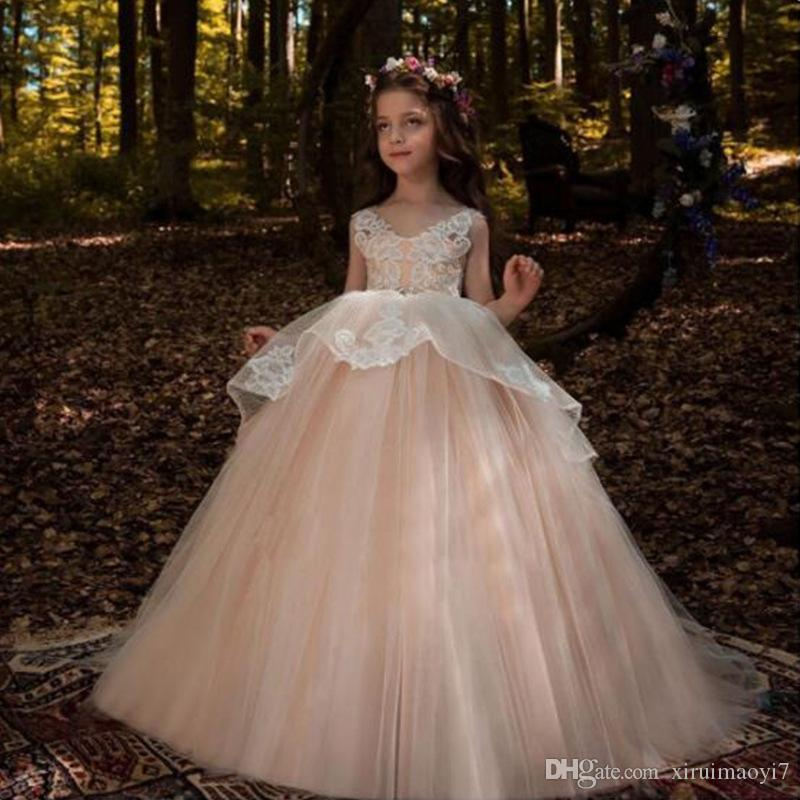 New Fashion Lovely Appliques Flower Girls Dresses for Weddings Floor Length Girls Pageant Dresses Baby Girl First Birthday Gown