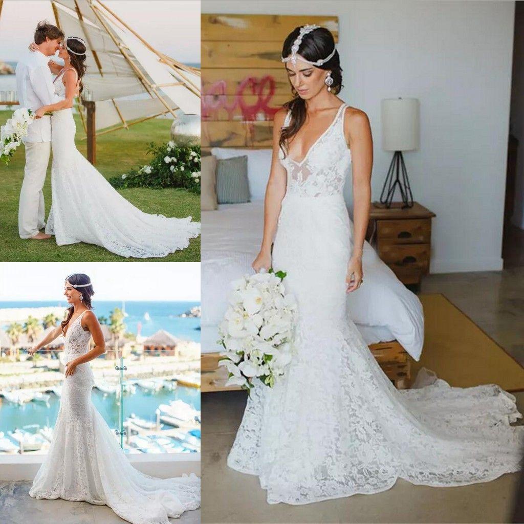 Country Style Sheath Lace Bröllopsklänningar 2019 V Neck Beach Boho Brudklänningar Mermaid Custom Backless Outdoor Bride Dresses Vestido de Novia