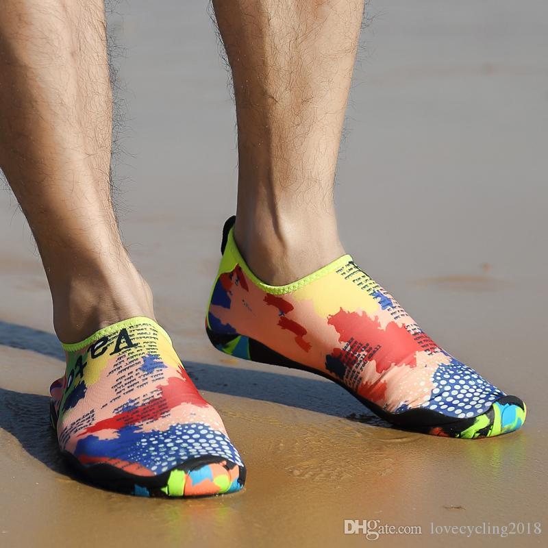 Scarpette da donna sneaker aqua scarpe water shoes nuoto sport beach da uomo nuotare scarpe a rete a piedi nudi aqua per l'immersione dei bambini in spiaggia