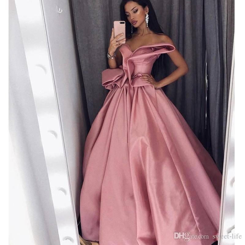 2018 Pretty Celebrity Prom Dresses Sweetheart Sleeveless Pleats Ruched Satin Party homecoming dresses pageant Saudi Arabia evening dresses