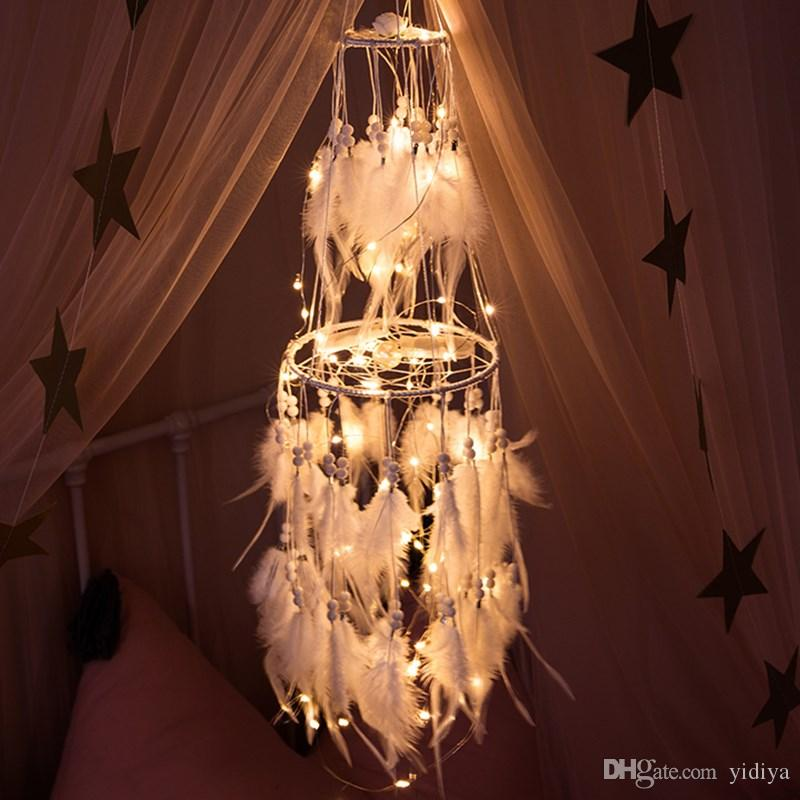 Big LED Star Light Dream Catcher con piume di gallo bianco Perle Dreamcatcher Wall Hanging Home Party Wedding Decoration Gift