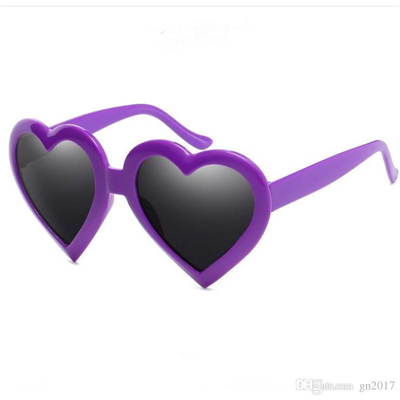 Mode Frauen Männer Persönlichkeit Sonnenbrille Full Frame Sonnenbrille Schneiden Herzform Brillen Anti-UV-Brillen Adumbral A ++