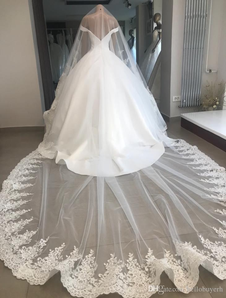 2018 Real Photo One Layer White 3m Wedding Brial Veils Lace Trim Cathedral ivory Long Bridal Veil For Ball Gown